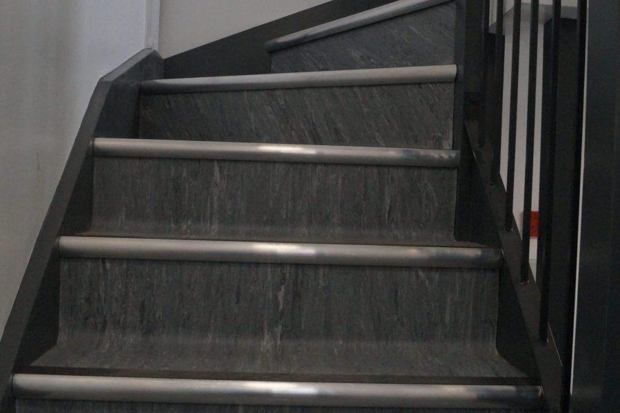 Polyflor XL vinyl & stair nosings